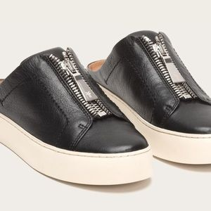 Frye Lena Zip Mule Black Leather